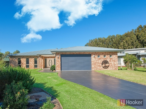15 Echo Place One Mile, NSW 2316