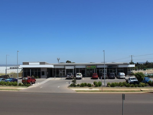 Shop 2a/3 Walters Drive Harristown, QLD 4350