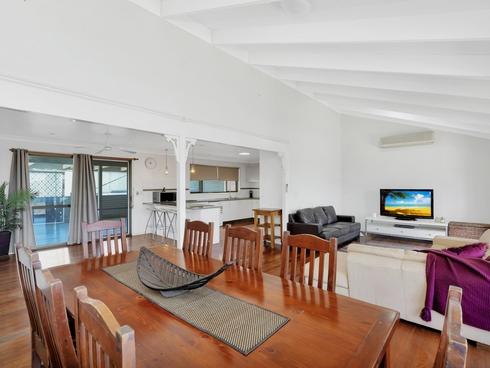 141 Hinkler Drive Worongary, QLD 4213