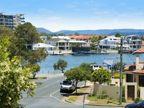 16/33-35 Cypress Avenue Surfers Paradise, QLD 4217