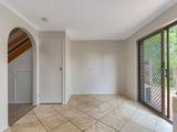 4/5 Quinnia Court Ferny Hills, QLD 4055