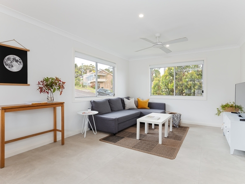 1 Sylvia Place Mount Hutton, NSW 2290