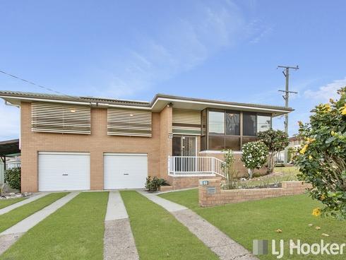 92 Morialta Street Mansfield, QLD 4122