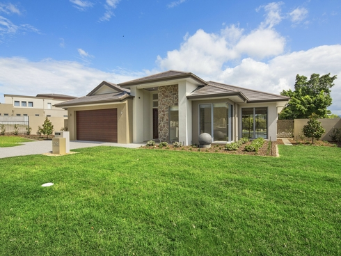 2293 Vardon Lane Sanctuary Cove, QLD 4212