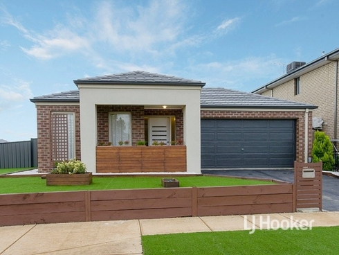 101 Tom Roberts Parade Point Cook, VIC 3030