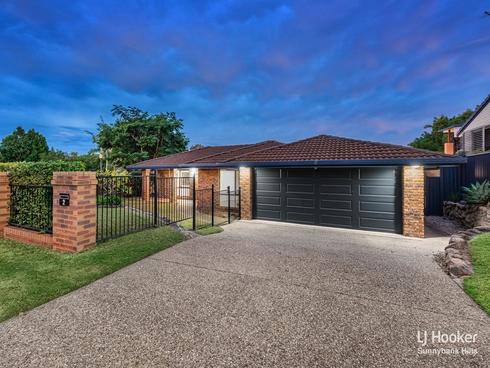 2 Harvey Place Wishart, QLD 4122
