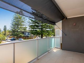 1/17 Surfview Road Mona Vale , NSW, 2103