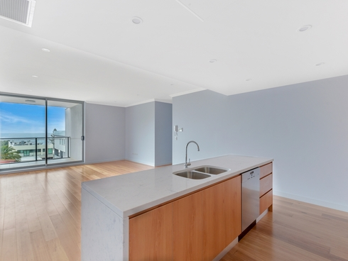 501/7-9 Campbell Crescent Terrigal, NSW 2260