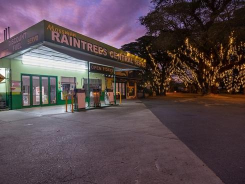 2-6 Foxton Avenue Mossman, QLD 4873