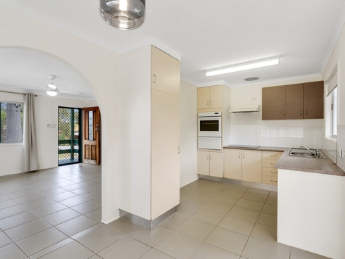 8 Mirree Avenue Bellara, QLD 4507