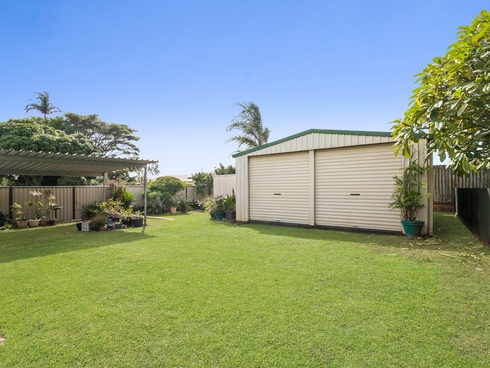 25 Tantani Street Manly West, QLD 4179