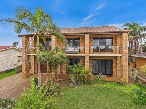 126 Stella Street Toowoon Bay, NSW 2261