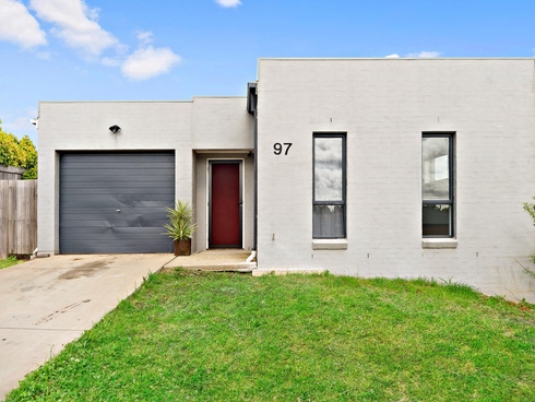 97 Macfarlane Burnet Avenue Macgregor, ACT 2615