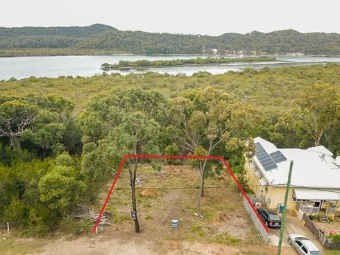 6 Leichhardt Terrace Russell Island, QLD 4184