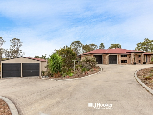 16 Stephenson Cres Kensington Grove, QLD 4341