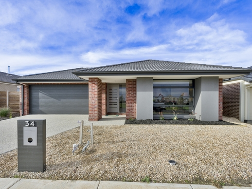 34 Stonecrop Way Wyndham Vale, VIC 3024
