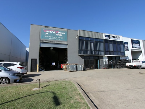 1/14 Shaw Road Ingleburn, NSW 2565