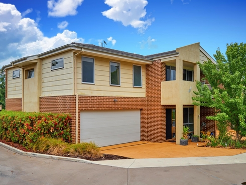 9/21 Gordon Withnall Crescent Dunlop, ACT 2615