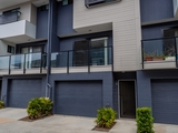 32/10 Riverview Road Nerang, QLD 4211