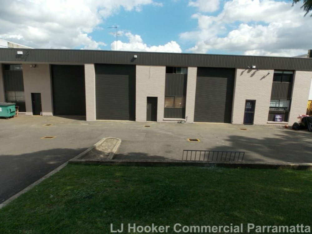Unit 2/3 Bearing Road Seven Hills, NSW 2147