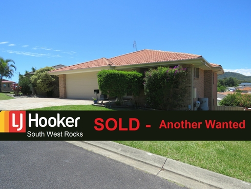 2/15 Peter Mark Circuit South West Rocks, NSW 2431