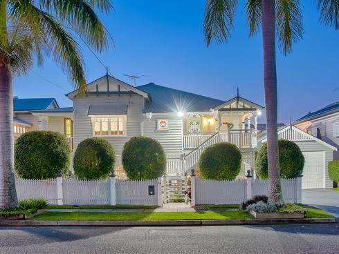 18 Seventh Avenue Kedron, QLD 4031