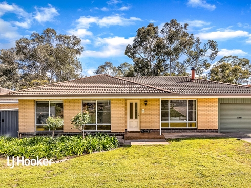 492 Milne Road Redwood Park, SA 5097