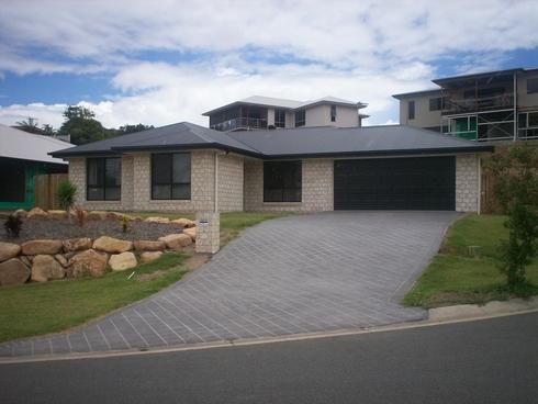 35 Waratah Street Kin Kora, QLD 4680