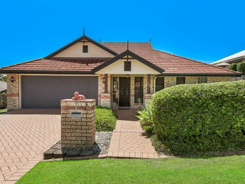 11 Ruby Crescent Petrie, QLD 4502