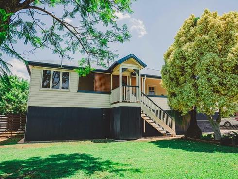 12 Kitchener Street Clermont, QLD 4721