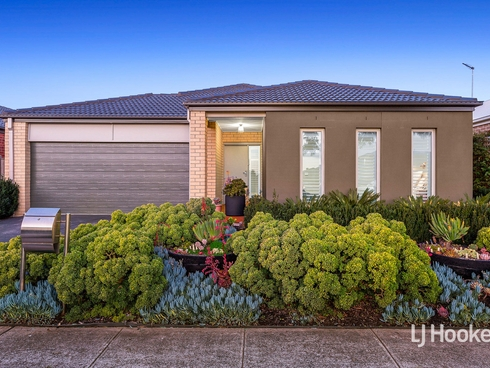 30 Stoneyfell Road Point Cook, VIC 3030