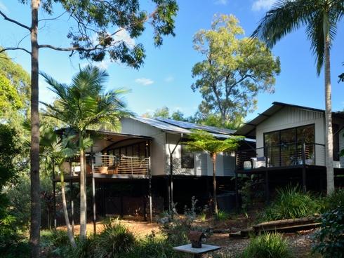 72 Beelong Street Macleay Island, QLD 4184