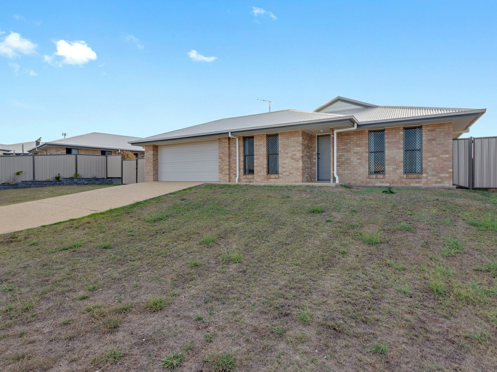 3 Champion Ct Gracemere, QLD 4702