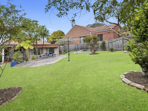 15 Frenchs Forest Road Seaforth, NSW 2092