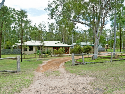 13 Bentley Dr Regency Downs, QLD 4341