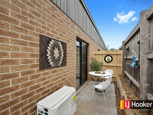 7/17 Royle Street Frankston, VIC 3199