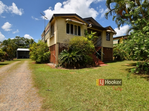 11 Trower Street Tully, QLD 4854
