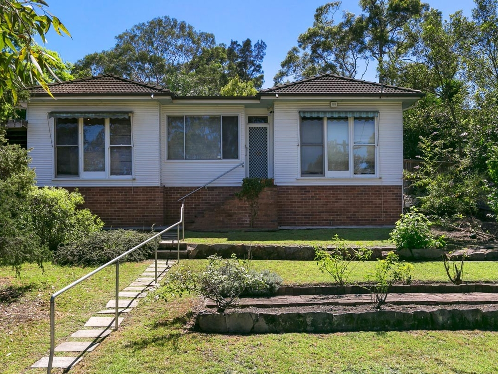 86 Wallalong Crescent West Pymble, NSW 2073