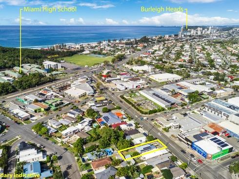 37 Pacific Avenue Miami, QLD 4220