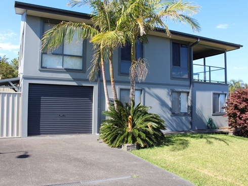 14A Coromont Drive Hallidays Point, NSW 2430