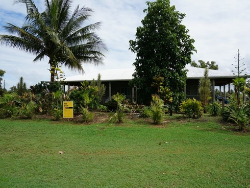 69 Paradise Palm Drive Tully Heads, QLD 4854