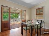 584A Vulture Street East East Brisbane, QLD 4169
