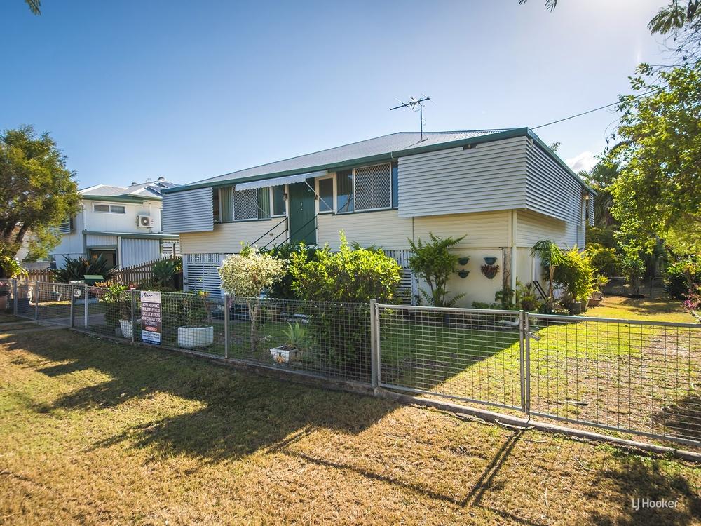 253 Hook Street Berserker, QLD 4701