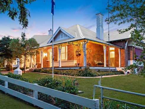 3 Lyon's Street Harden, NSW 2587