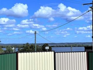 17 Panorama Avenue Russell Island , QLD, 4184