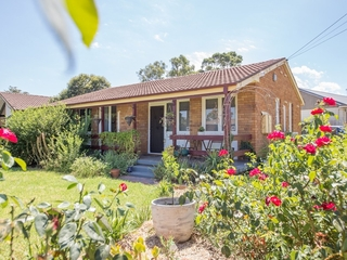4 Armstrong Crescent Dubbo , NSW, 2830
