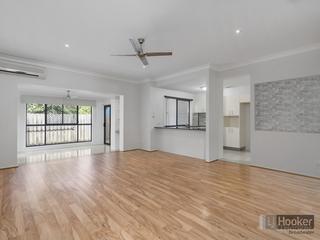 16/170 Whiting Street Labrador , QLD, 4215