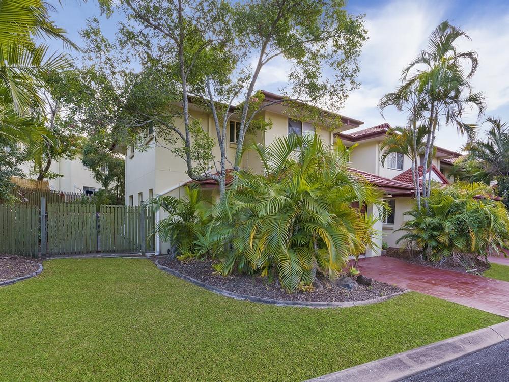 28/102 Alexander Drive Highland Park, QLD 4211
