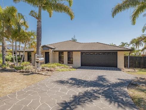 12 Hilltop Avenue Southside, QLD 4570