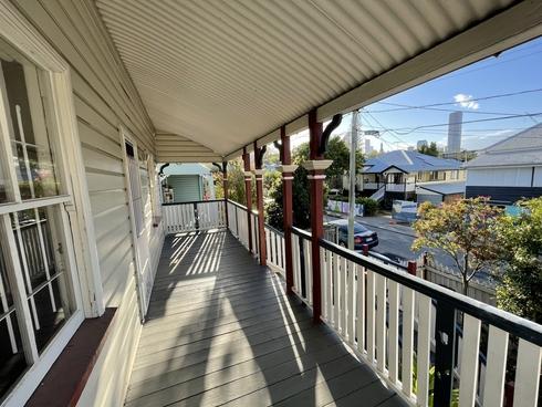 18 Lockerbie Street Kangaroo Point, QLD 4169